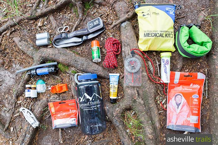 What to pack hiking? Our favorite, trail-tested safety gear for backcountry hikes