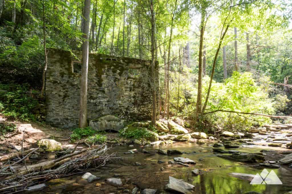 Catawba Falls Trail: hike to the historic ruins of a powerhouse in a waterfall-filled valley