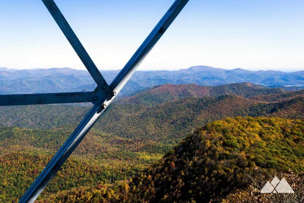 Albert Mountain: Appalachian Trail to Mooney Gap